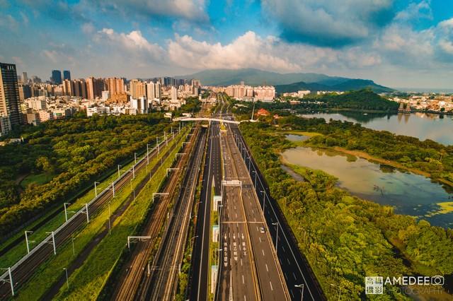 高雄道路空拍攝影