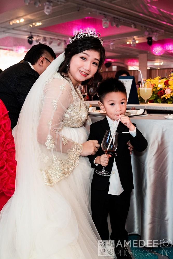 豪均&佩萱在漢神巨蛋婚禮攝影