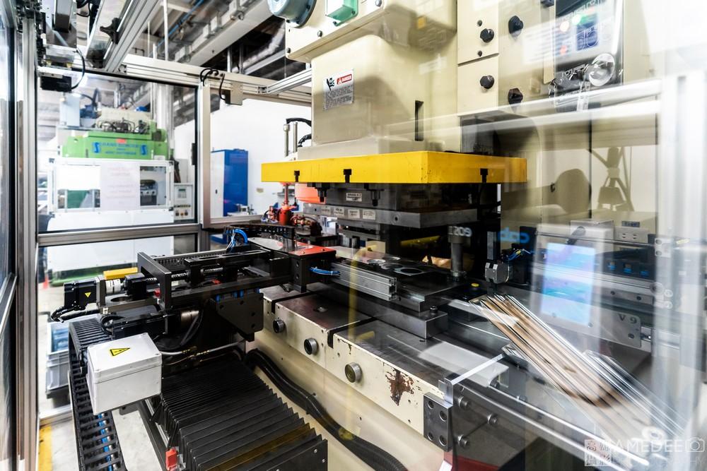 愛的爾自動化機械設備平面攝影