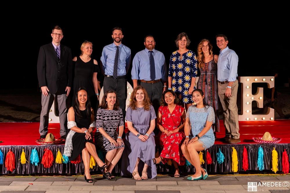 馬禮遜美國學校在西子灣沙灘會館舞會老師合照