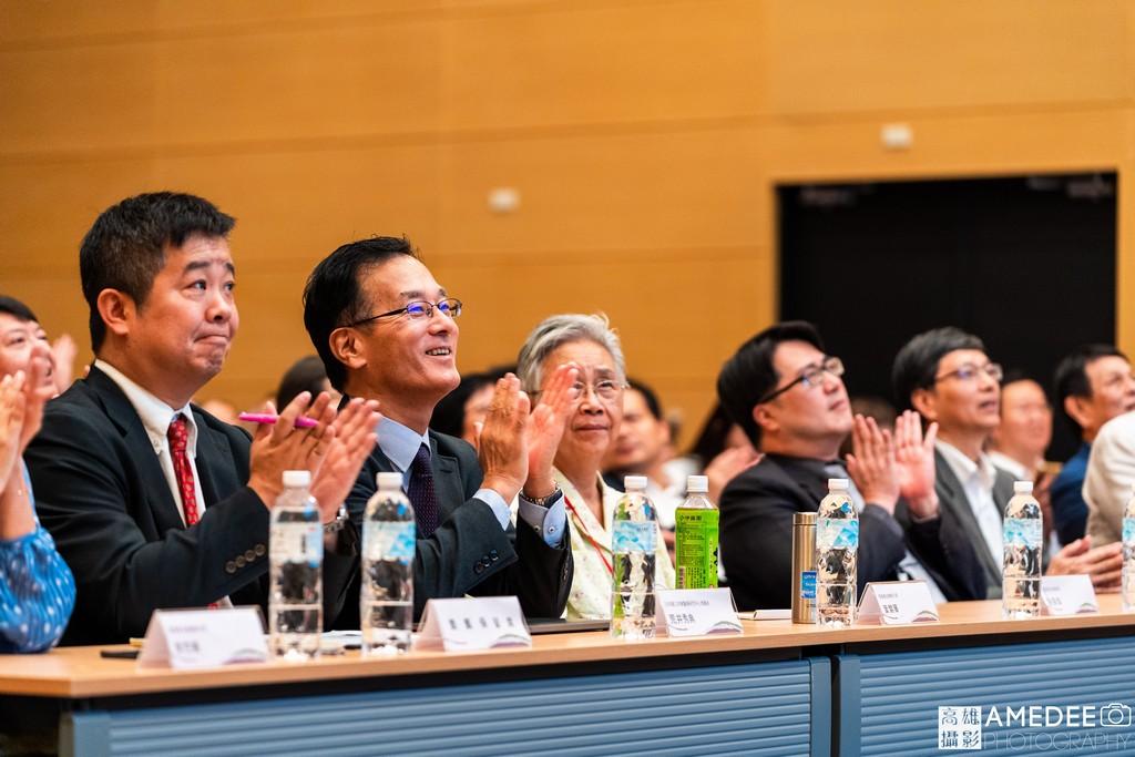 亞洲樂齡智慧生活展無齡論壇台下貴賓拍手