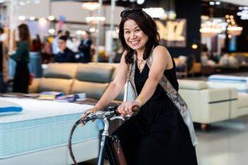 高雄展覽館頂級生活展來賓試乘電動腳踏車活動紀錄