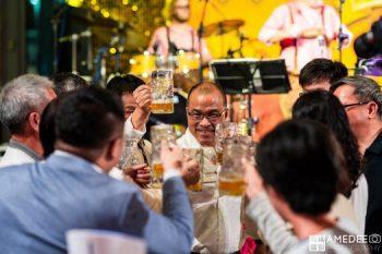 高雄展覽館德國啤酒節乾杯活動紀錄高雄副市長葉匡時