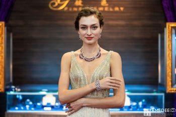 高雄展覽館頂級生活展外國模特兒珠寶走秀活動攝影