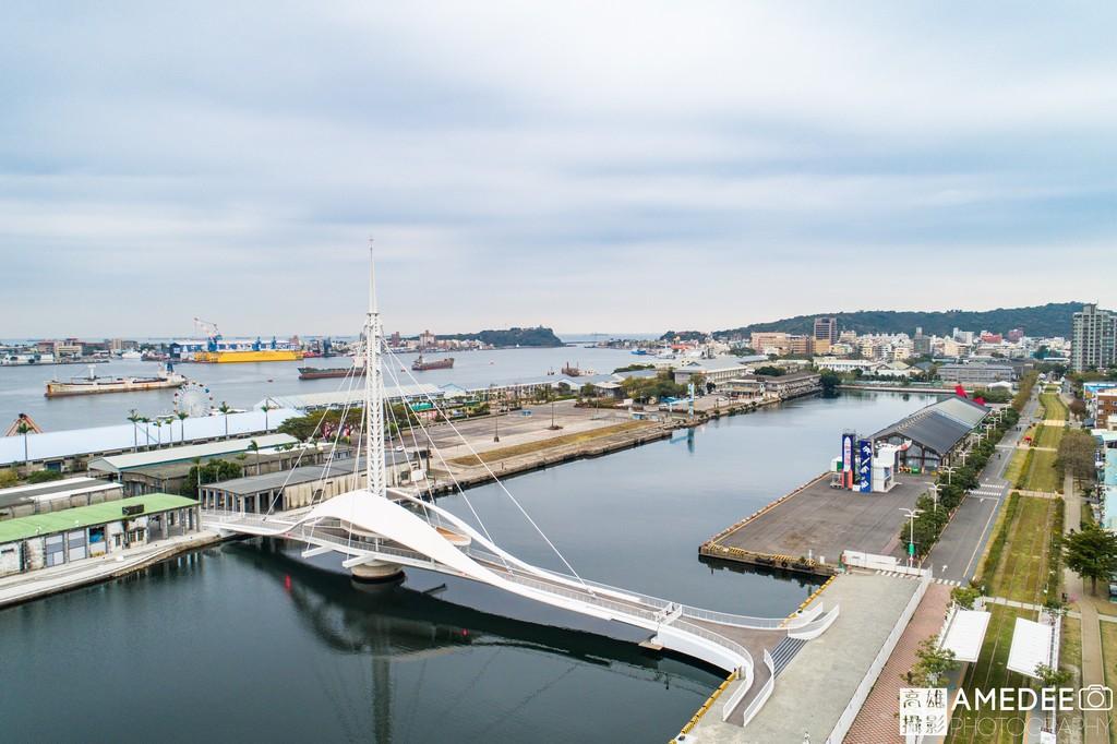 高雄港大港橋-全台首座水平旋轉橋空拍照